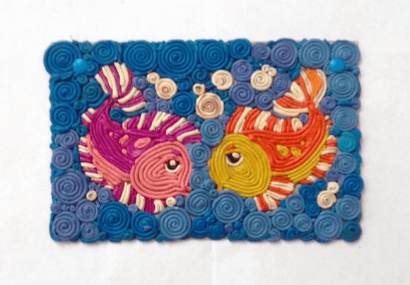 Рыбки из пластилина в технике квиллинга