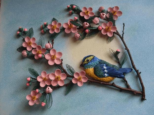 Птица на сакуре