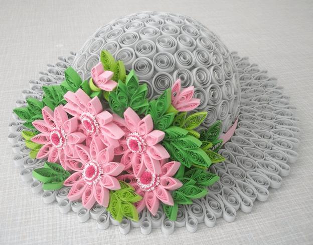 Шляпка с цветами