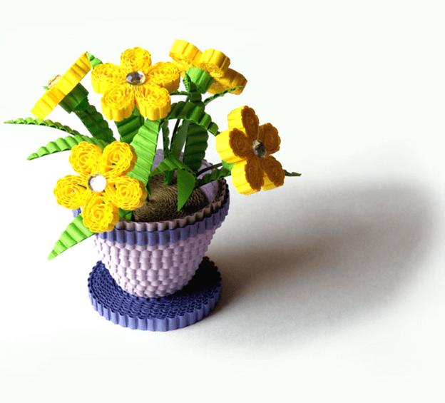 Цветок в горшке из гофрокартона