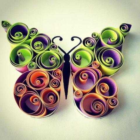 Необычная квиллинг поделка с изображением бабочки
