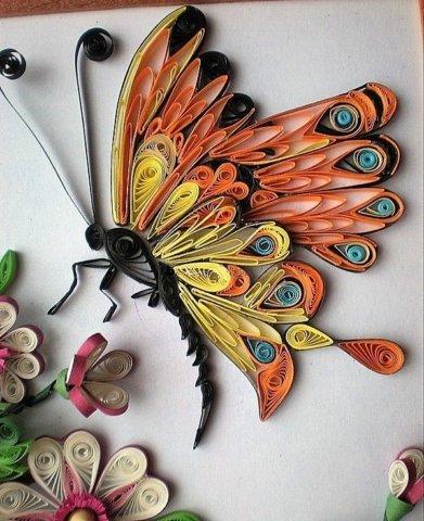 Готовая квиллинг поделка с бабочкой