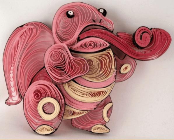 Необычная розовая квиллинг поделка