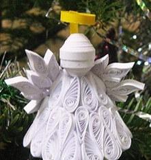 Бумажный ангел в стиле технике квиллинга