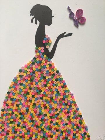 Готовая квиллинг поделка с девушкой в платье