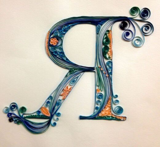Объёмная бумажная буква Я Русского алфавита в стиле квиллинга