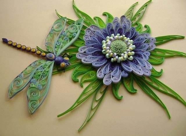Ажурная квиллинг стрекоза с цветком