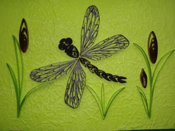Петельчатая квиллинг стрекоза композиция