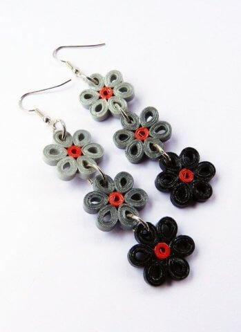 Серьги-цветочки в стиле квиллинг