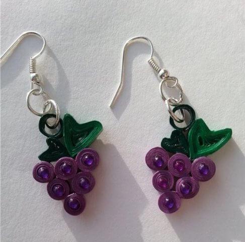 Квиллинг сережки в виде виноградных гроздей