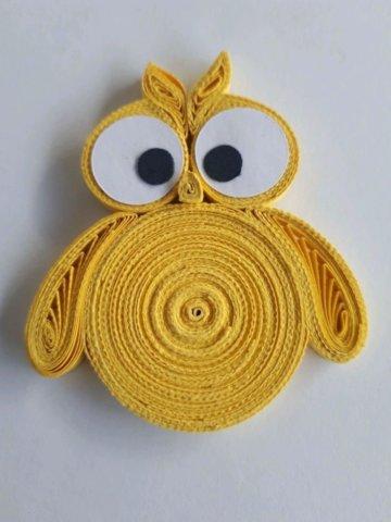 Желтая совушка в технике квиллинг