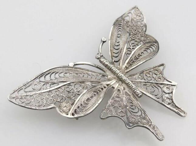 Квиллинг бабочка из проволоки