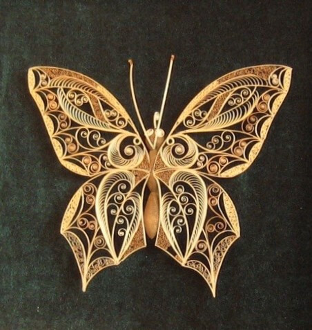 Квиллинг бабочка из дерева