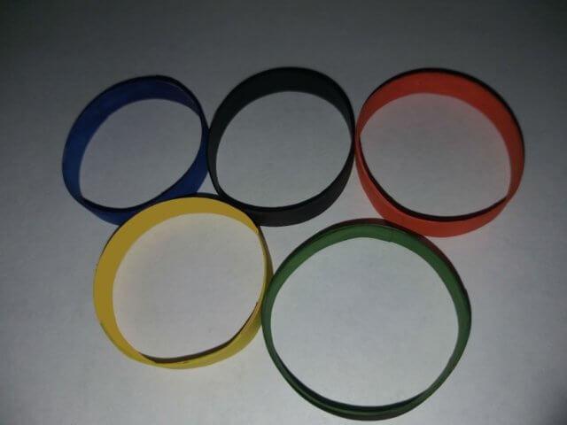 Символика олимпиады в стиле квиллинг