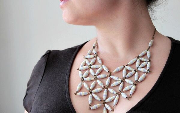 Ожерелье в технике квиллинг
