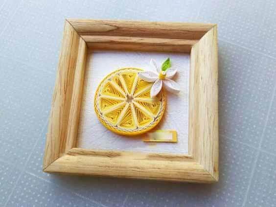 Картина с апельсином в технике квиллинг