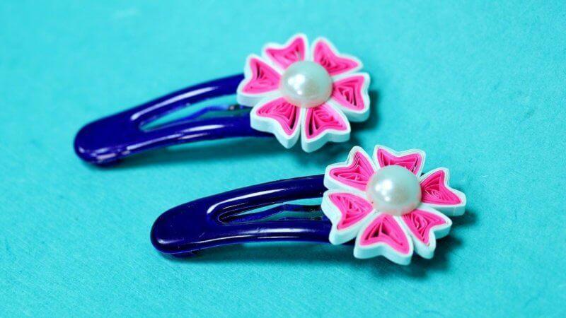 Пример заколок с квиллинг цветочками